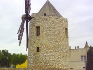 Un mulino caratteristico della cittadina francese
