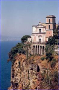 Puntamare e la belissima chiesa del'annunziata