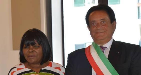 Vico Equense-Sudafrica: il Sindaco Benedetto Migliaccio ha ricevuto l'Ambasciatore Tambo
